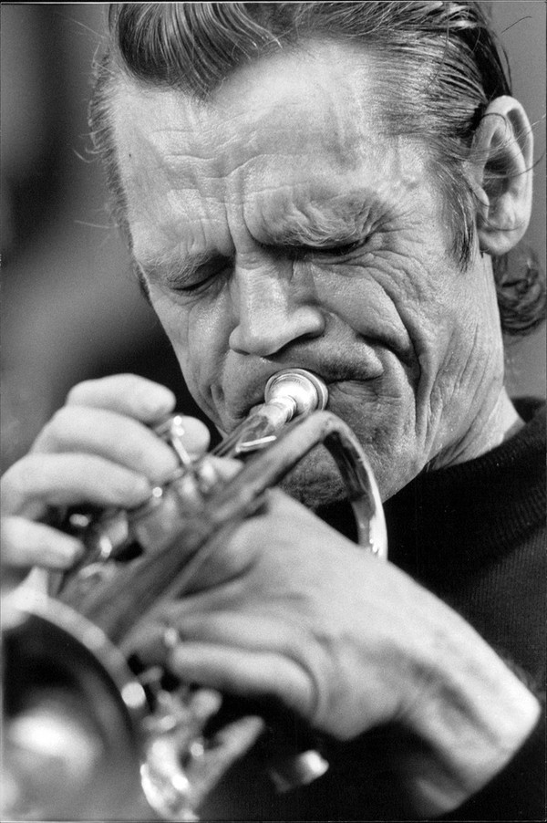 Chet Baker - Videos and Albums - VinylWorld
