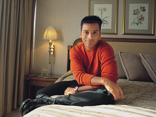Jon Secada - Videos and Albums - VinylWorld