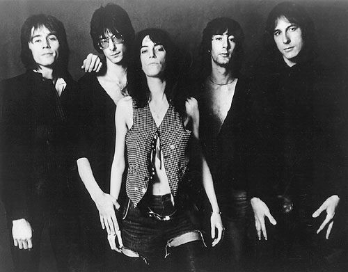 Patti Smith Group - Videos and Albums - VinylWorld