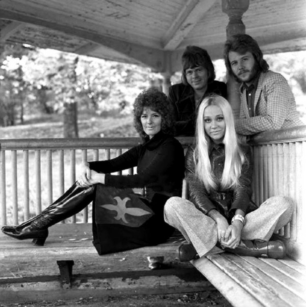 Björn & Benny, Agnetha & Anni-Frid - Videos and Albums - VinylWorld