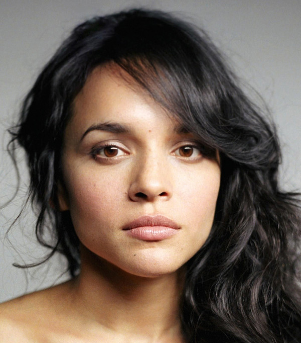 Norah Jones - Videos and Albums - VinylWorld