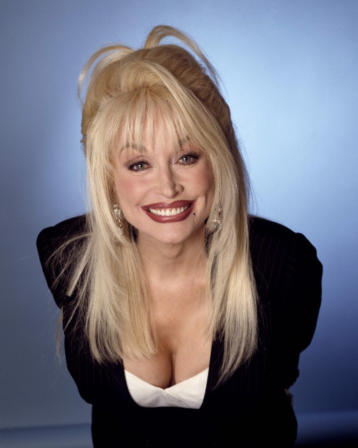 Dolly Parton - Videos and Albums - VinylWorld